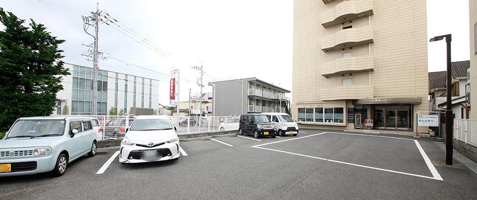 大型車可の無料駐車場(ご予約制)